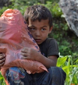 Little boy & bag (village help) - Nepal